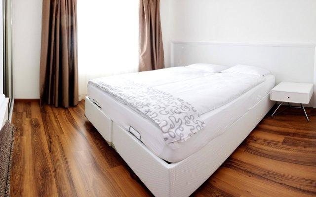 Апартаменты Luxury Apartments by Livingdowntown комната для гостей