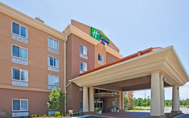Holiday Inn Express Hotel & Suites Saint Augustine North вид на фасад