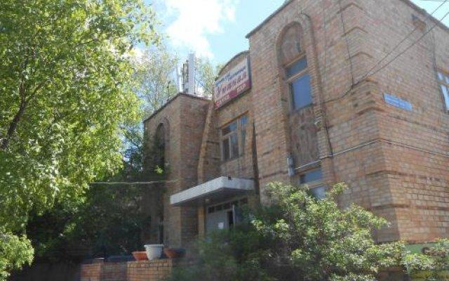 Гостиница Уютная Казахстан, Нур-Султан - отзывы, цены и фото номеров - забронировать гостиницу Уютная онлайн вид на фасад