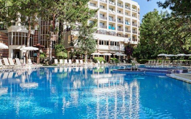 Отель Jeans Club Hotels Festival вид на фасад