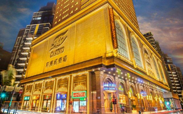 Rio Hotel вид на фасад