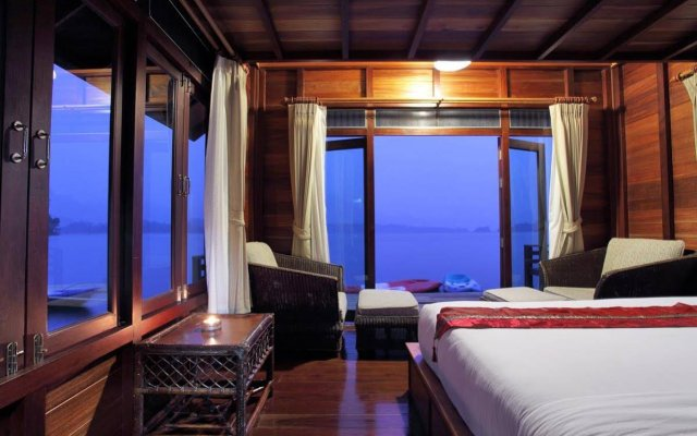 500 Rai Khao Sok Floating Resort In Ban Ta Khun Thailand