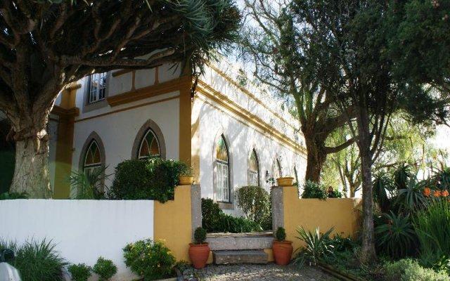 Отель Casa do Castelo da Atouguia вид на фасад