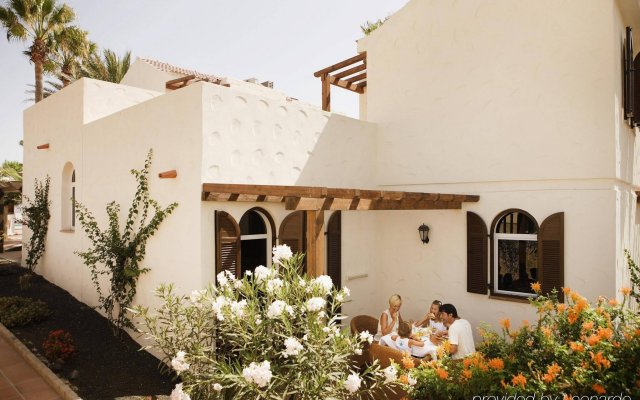 Отель Barcelo Castillo Beach Resort вид на фасад