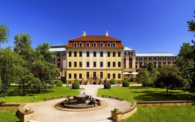 Отель The Westin Bellevue Dresden Германия, Дрезден - 3 отзыва об отеле, цены и фото номеров - забронировать отель The Westin Bellevue Dresden онлайн вид на фасад