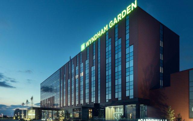 Гостиница Wyndham Garden Astana Казахстан, Нур-Султан - 1 отзыв об отеле, цены и фото номеров - забронировать гостиницу Wyndham Garden Astana онлайн вид на фасад