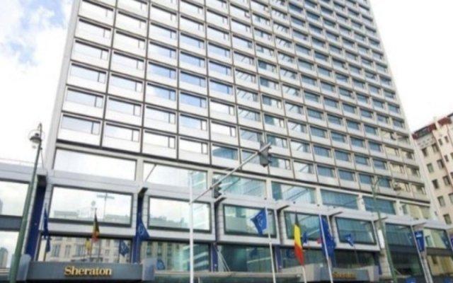 Sheraton Brussels Hotel вид на фасад