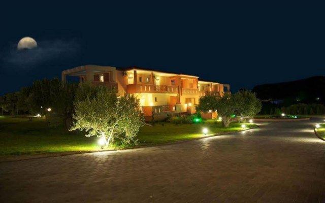 Отель Agrili Resort вид на фасад