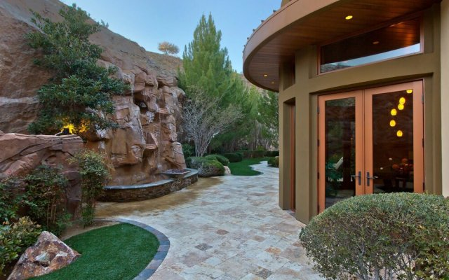 Promontory Ridge Villas