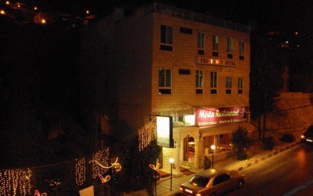 Отель Peace Way Hotel Иордания, Вади-Муса - отзывы, цены и фото номеров - забронировать отель Peace Way Hotel онлайн вид на фасад