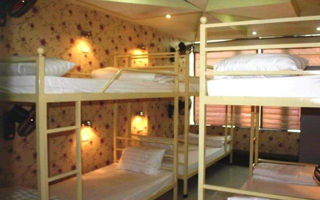 Отель Friendly Backpackers Hostel Вьетнам, Ханой - отзывы, цены и фото номеров - забронировать отель Friendly Backpackers Hostel онлайн вид на фасад