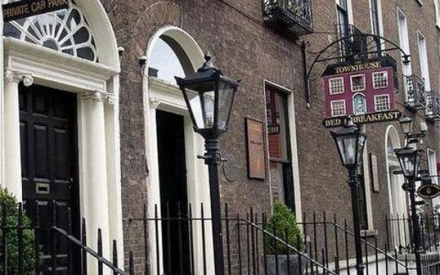 Отель Townhouse Dublin вид на фасад