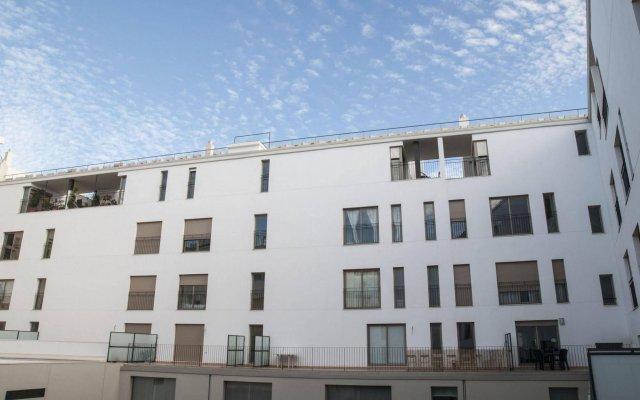 Апартаменты Premium Валенсия вид на фасад