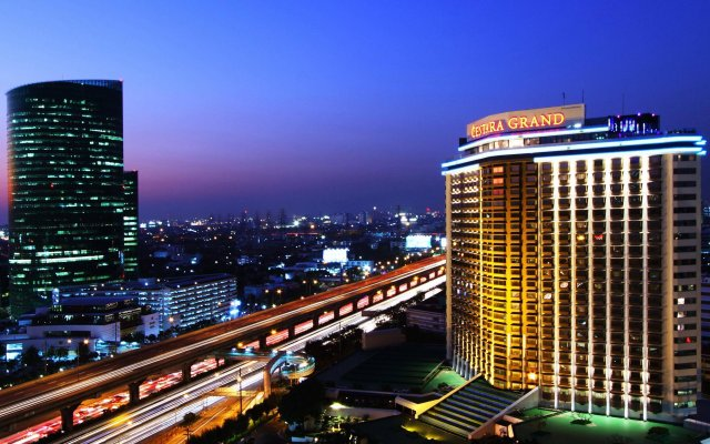 Отель Centara Grand at Central Plaza Ladprao Bangkok Таиланд, Бангкок - 1 отзыв об отеле, цены и фото номеров - забронировать отель Centara Grand at Central Plaza Ladprao Bangkok онлайн вид на фасад