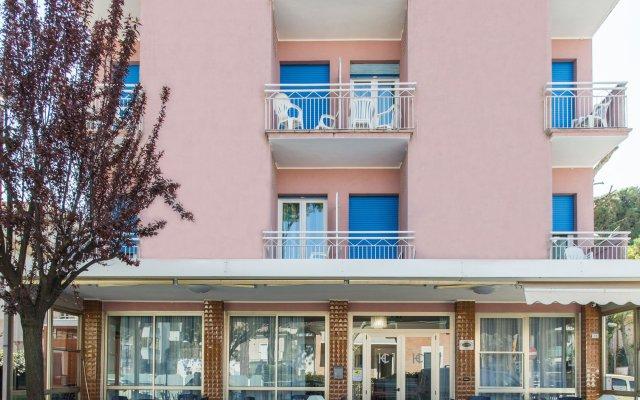 Отель Cimarosa Италия, Риччоне - отзывы, цены и фото номеров - забронировать отель Cimarosa онлайн вид на фасад