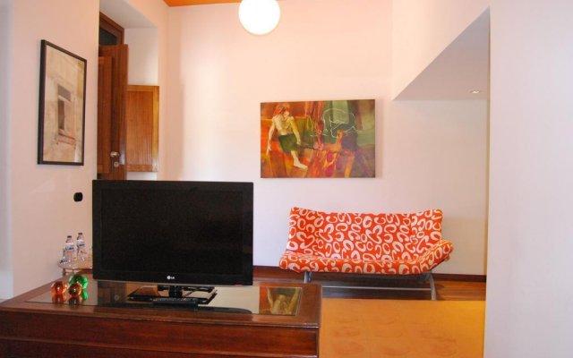 Отель Quinta De Tourais Ламего комната для гостей