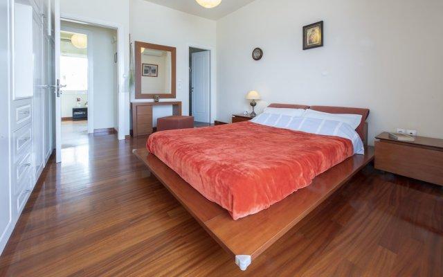Отель Artemis Majestic комната для гостей