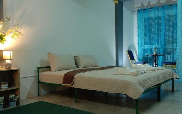 Отель Yim Hostel Co. Ltd. - Adults Only Таиланд, Паттайя - отзывы, цены и фото номеров - забронировать отель Yim Hostel Co. Ltd. - Adults Only онлайн комната для гостей