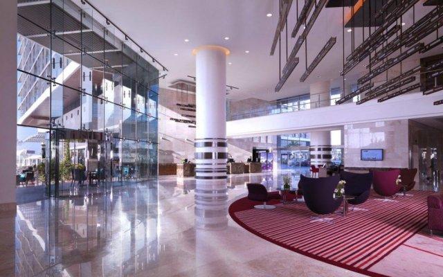 Radisson Blu Hotel, Abu Dhabi Yas Island 2