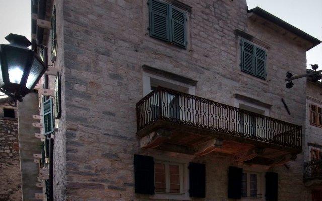 Отель Hippocampus Черногория, Котор - отзывы, цены и фото номеров - забронировать отель Hippocampus онлайн вид на фасад
