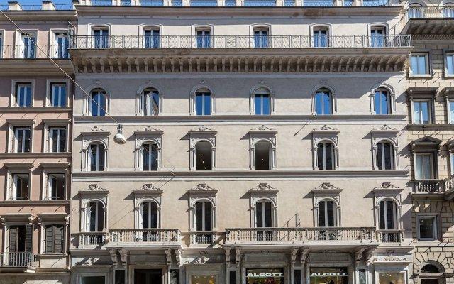Отель Amazing Suite Vittoriano вид на фасад