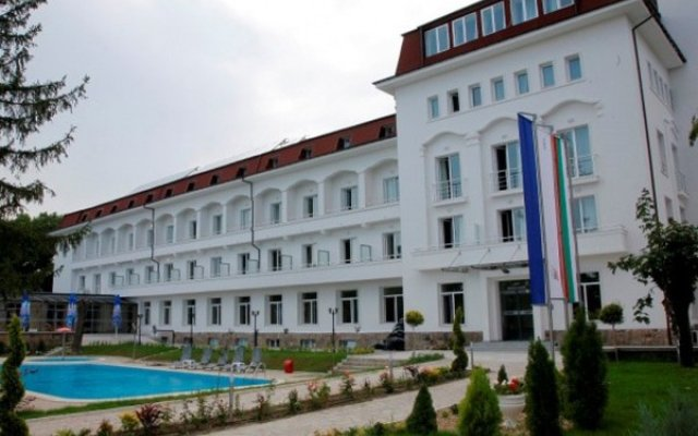 Melssa Coop Hotel вид на фасад