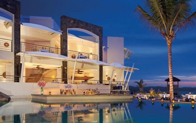 Отель Now Amber Resort & SPA вид на фасад