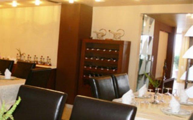 Hotel Ambasador 2