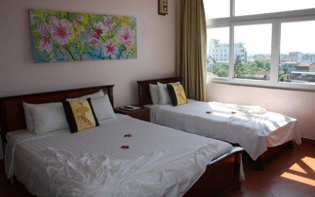 Отель Holiday Diamond Hotel Вьетнам, Хюэ - 8 отзывов об отеле, цены и фото номеров - забронировать отель Holiday Diamond Hotel онлайн вид на фасад
