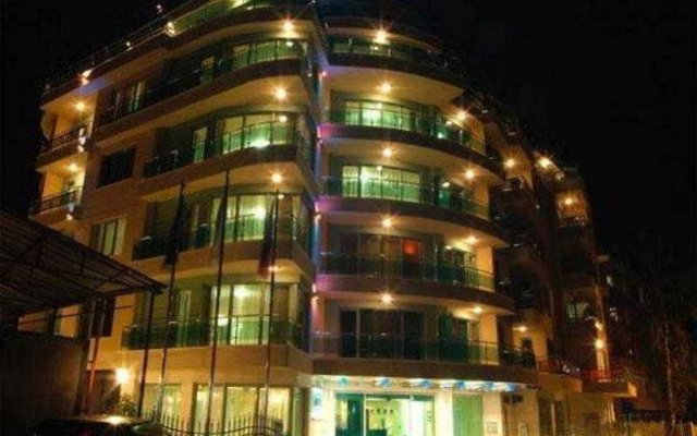 Отель Europe Hotel Sofia Болгария, София - 1 отзыв об отеле, цены и фото номеров - забронировать отель Europe Hotel Sofia онлайн вид на фасад