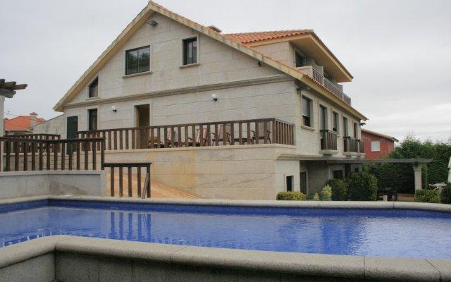 Отель Apartamentos Ababides Испания, Байона - отзывы, цены и фото номеров - забронировать отель Apartamentos Ababides онлайн бассейн