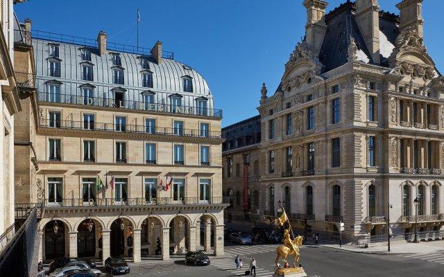 Hotel Regina Louvre вид на фасад
