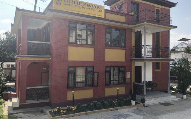 Отель Guheswori bed and breakfast Непал, Лалитпур - отзывы, цены и фото номеров - забронировать отель Guheswori bed and breakfast онлайн вид на фасад