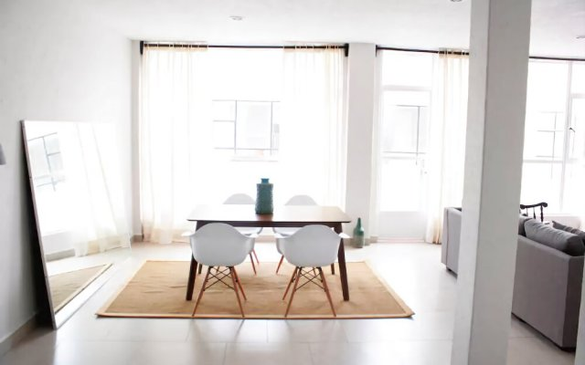 Big & Beautiful Apt Super Located - Adults only
