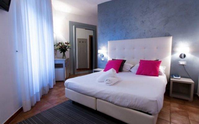 Hotel Gabriella комната для гостей