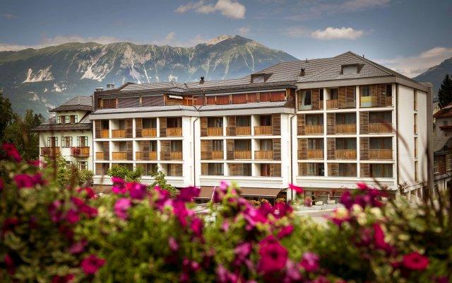 Premier Hotel Lovec