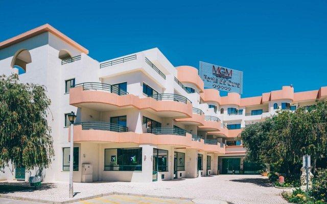 Отель Grand Muthu Forte da Oura Португалия, Албуфейра - отзывы, цены и фото номеров - забронировать отель Grand Muthu Forte da Oura онлайн вид на фасад