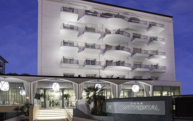 Hotel Continental Rimini Римини вид на фасад