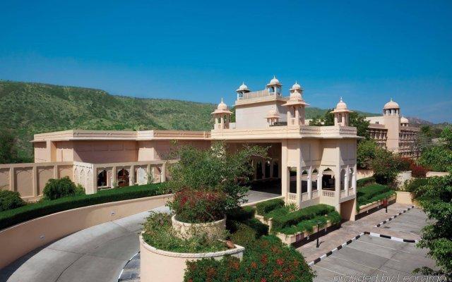 Отель Trident, Jaipur вид на фасад