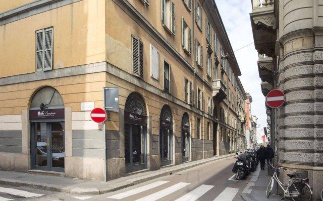 Отель Camperio House Suites Милан