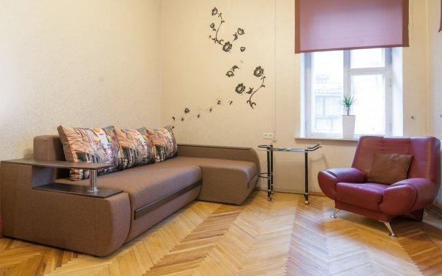 Home-Hotel Mikhailovsksya 24-B