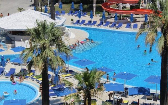 Adriatik Hotel 2