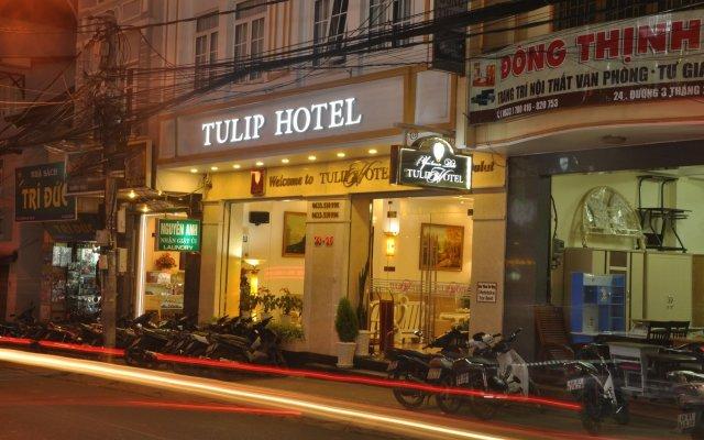 Tulip Hotel Da Lat Далат вид на фасад
