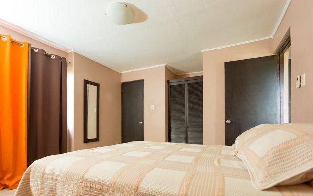 Апартаменты New Kingston CA Guest Apartment VI комната для гостей
