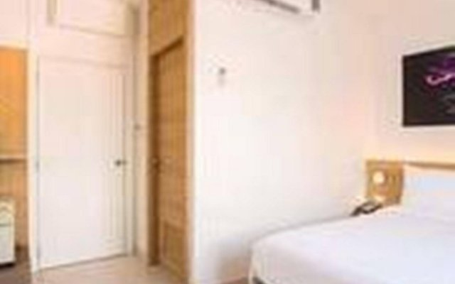 Отель Bedtime Pattaya комната для гостей