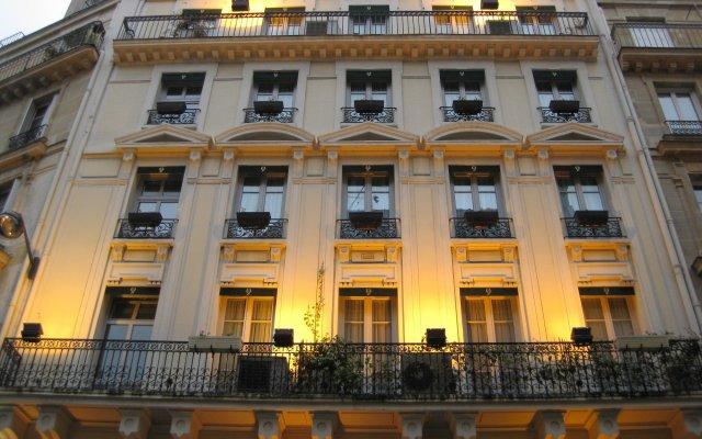 Queens Hotel вид на фасад