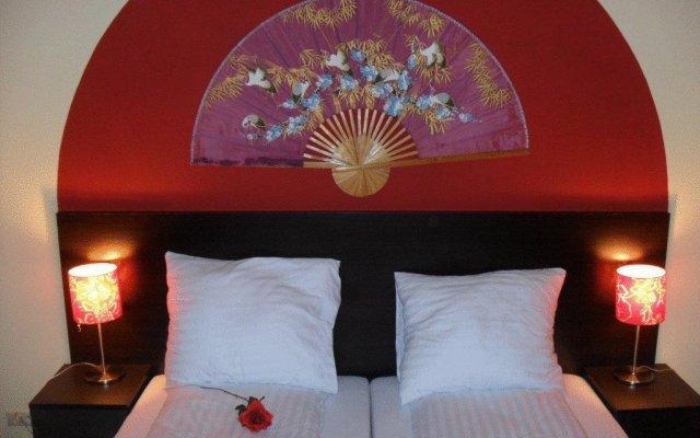 Отель Oriental House Польша, Познань - отзывы, цены и фото номеров - забронировать отель Oriental House онлайн комната для гостей