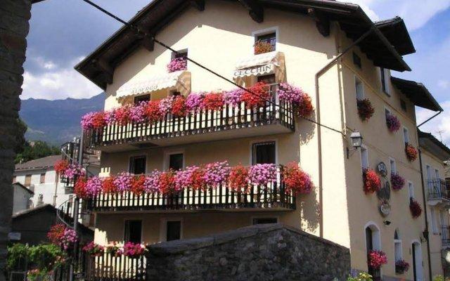 Отель Cecchin Италия, Аоста - отзывы, цены и фото номеров - забронировать отель Cecchin онлайн вид на фасад