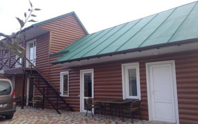 Гостиница Guest house Kolo Druziv Черкассы вид на фасад