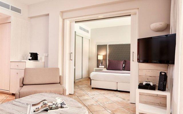 Отель Atlantica Aeneas Resort & Spa Кипр, Айя-Напа - отзывы, цены и фото номеров - забронировать отель Atlantica Aeneas Resort & Spa онлайн комната для гостей